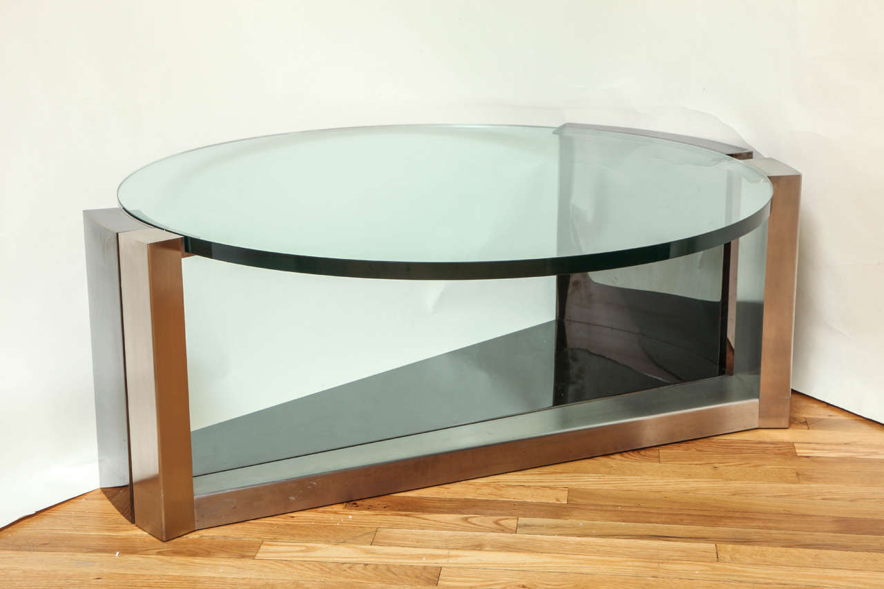 Contemporary design round coffee table for sale at 1stdibs for Modern coffee table for sale