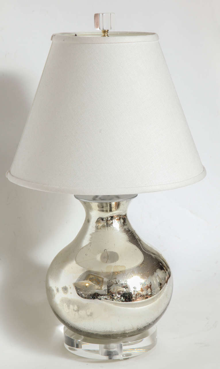 Mercury Lamps In Good Condition For Sale In New York, NY