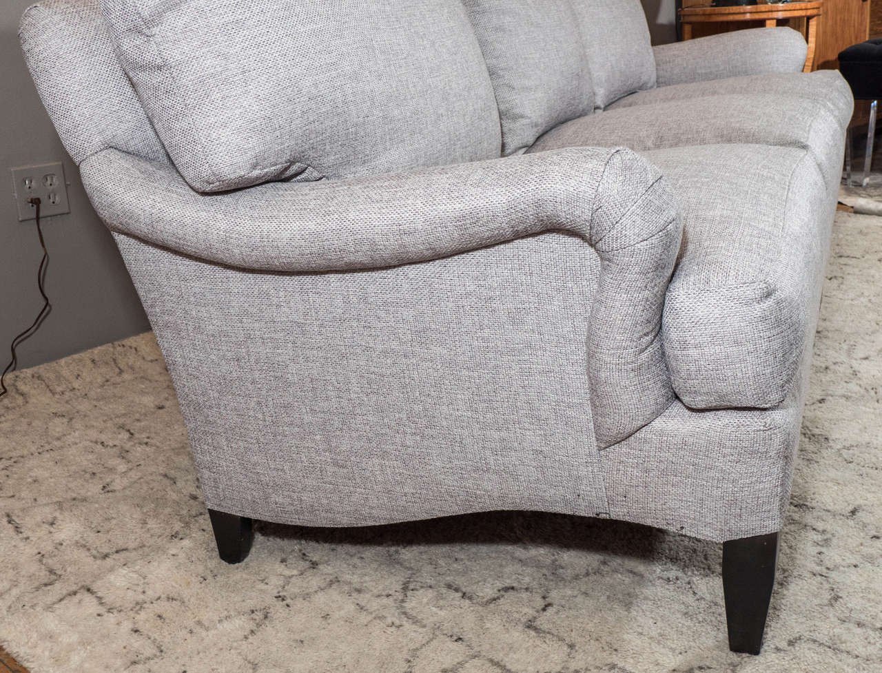 Late 20th Century English Arm Sofa in Grey Linen and Down Cushions In Excellent Condition For Sale In New York, NY