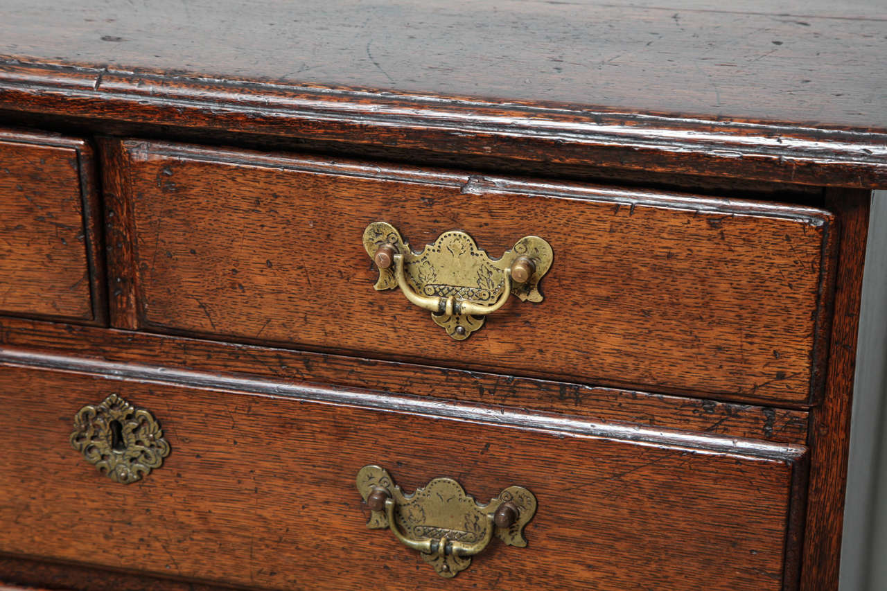 Fine George I Oak Bachelor's Chest In Excellent Condition For Sale In New York, NY
