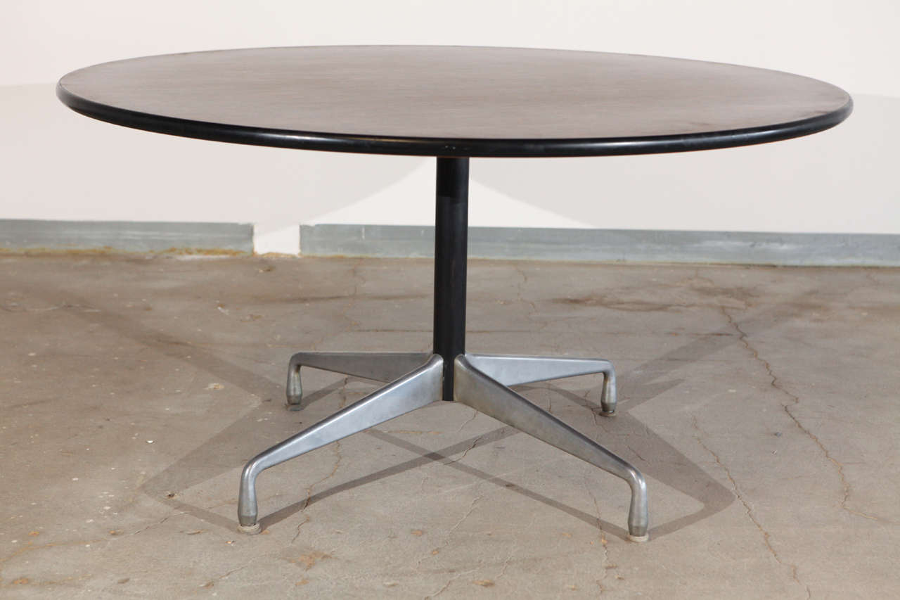 Charles And Ray Eames Rare Rosewood Top Round Center Table 1960 S Segmented Base