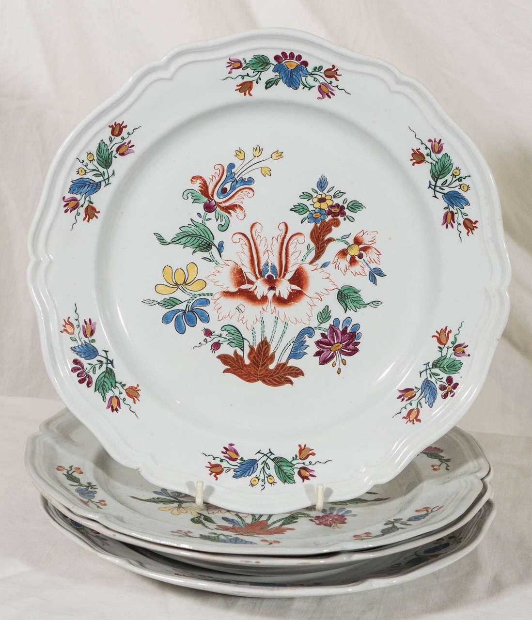 Antike Italienische Porzellanteller aus dem 18. Jahrhundert 2