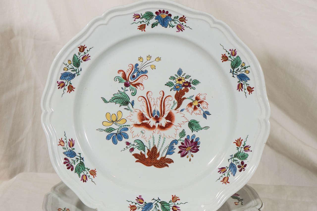 Antike Italienische Porzellanteller aus dem 18. Jahrhundert 3