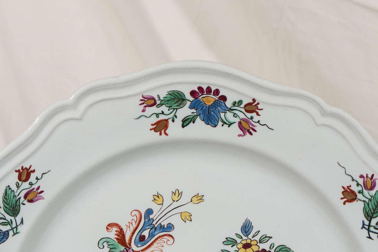 Antike Italienische Porzellanteller aus dem 18. Jahrhundert 5