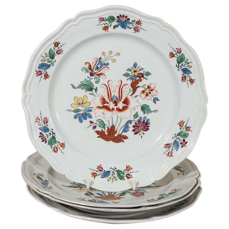 12 Italian Porcelain Dishes circa 1790 in Collection Metropolitan Museum 1