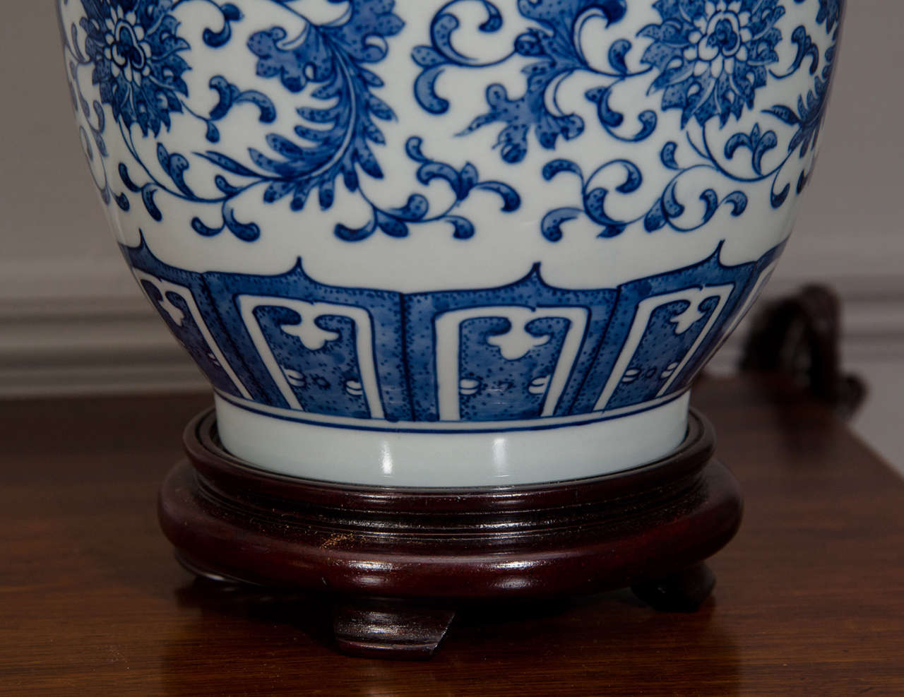 Pair Of Blue And White Porcelain Chinese Ginger Jar Lamps For Sale 1