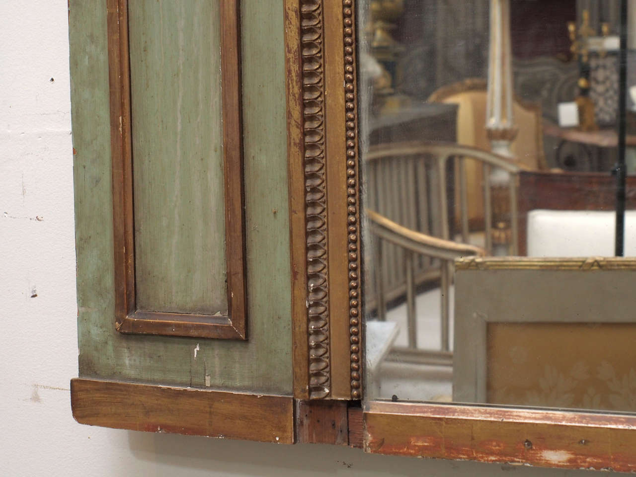 Painted and Gilded Trumeau Mirror For Sale 3