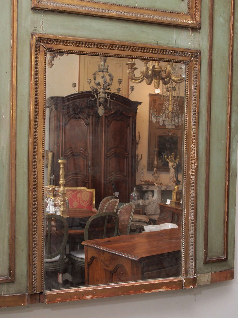 Painted and Gilded Trumeau Mirror For Sale 4