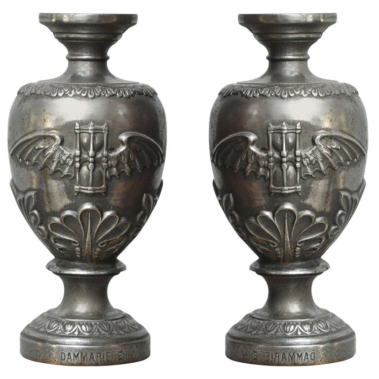 Pair of Large Art Deco Cast Iron Urns signed Dammarie E, France, 1930  For Sale