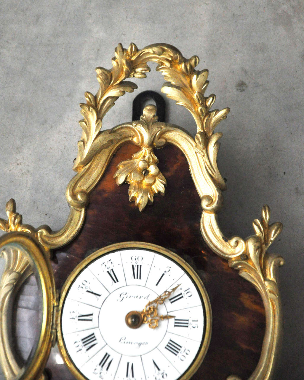 French Louis XV Style Tortoiseshell and Gilt Bronze Cartel Clock For Sale 3