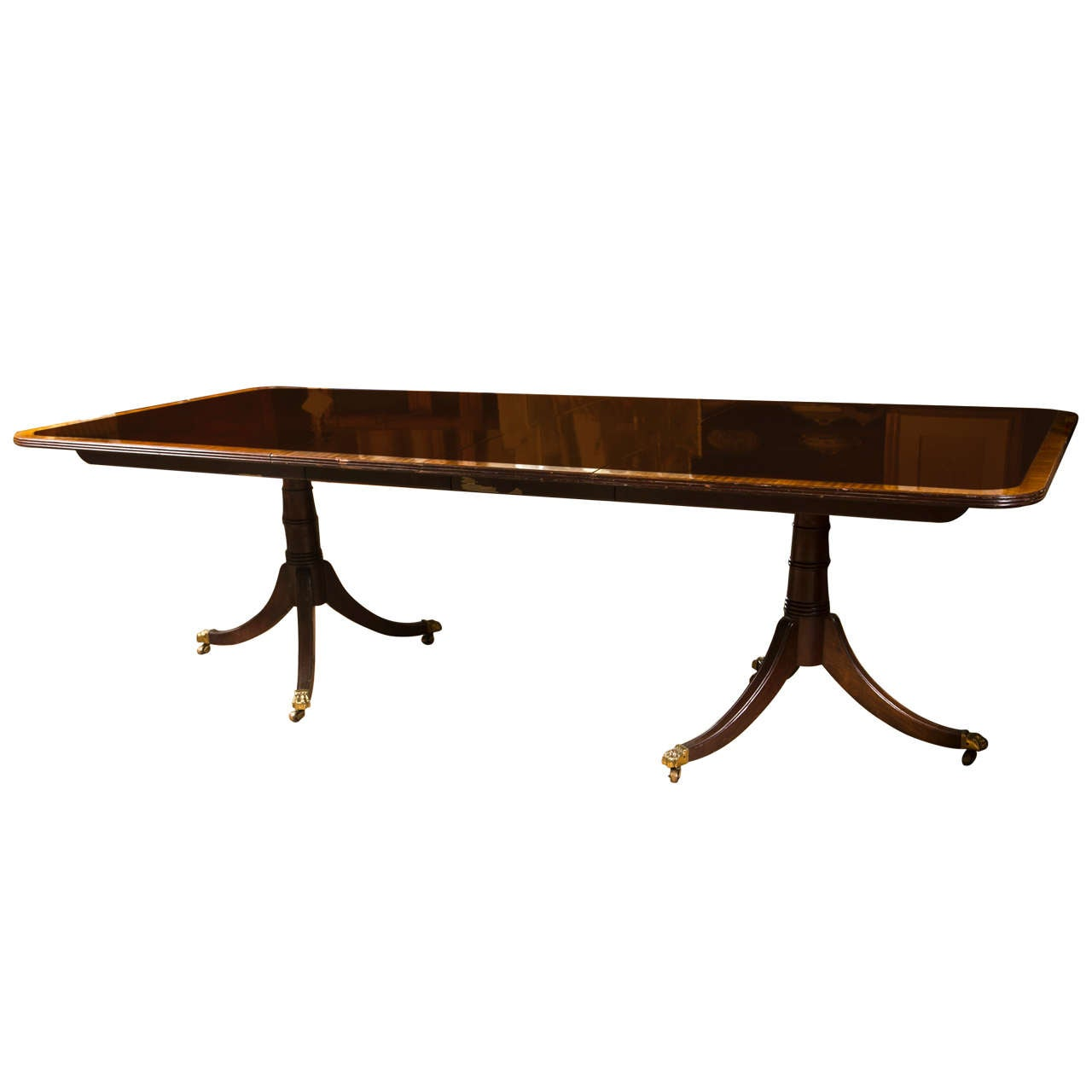 Regency style banded mahogany dining table by stickley at for Styling a dining table