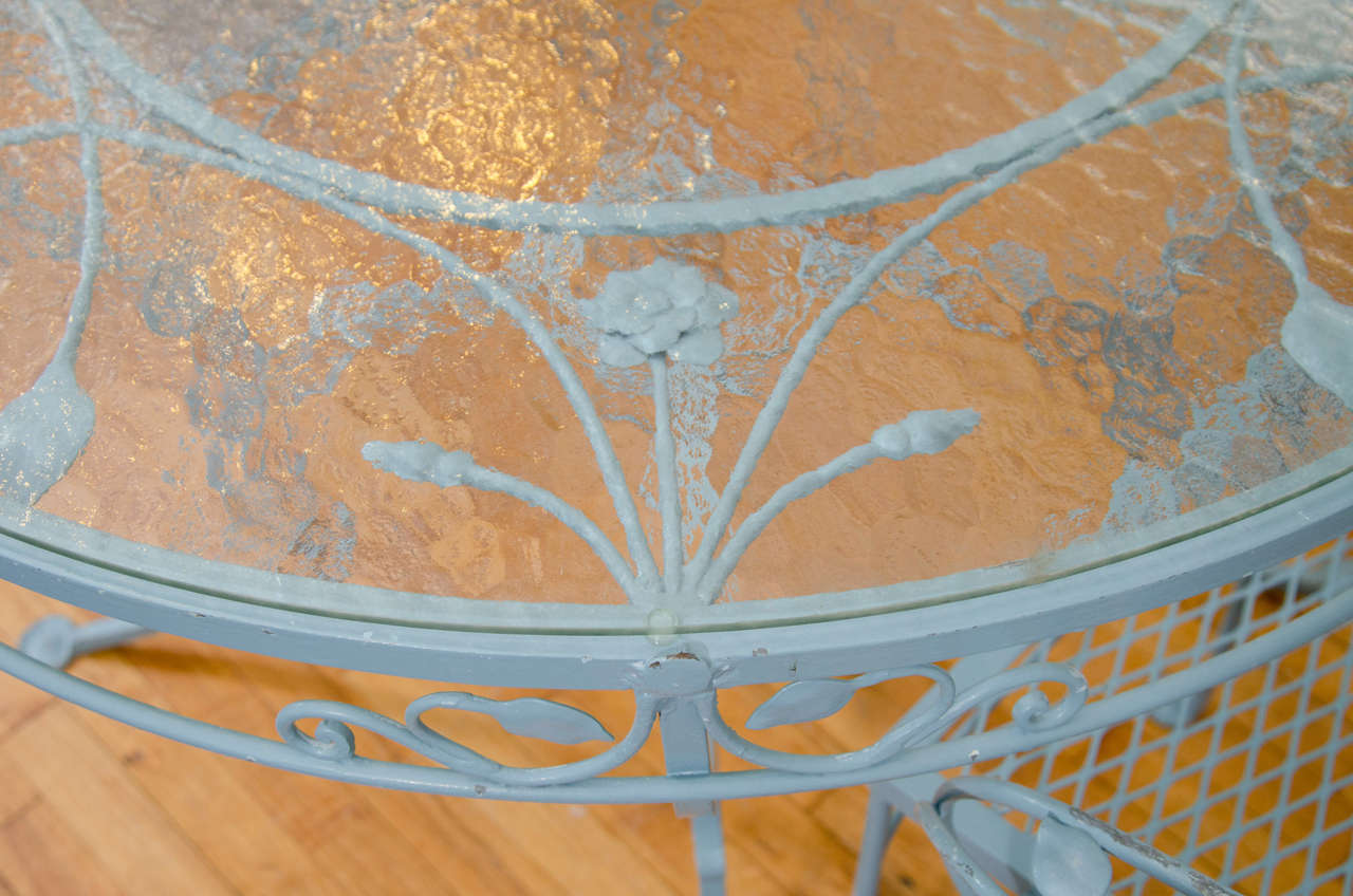 20th Century Vintage Salterini Wrought Iron Table and Chairs in Powder Blue For Sale