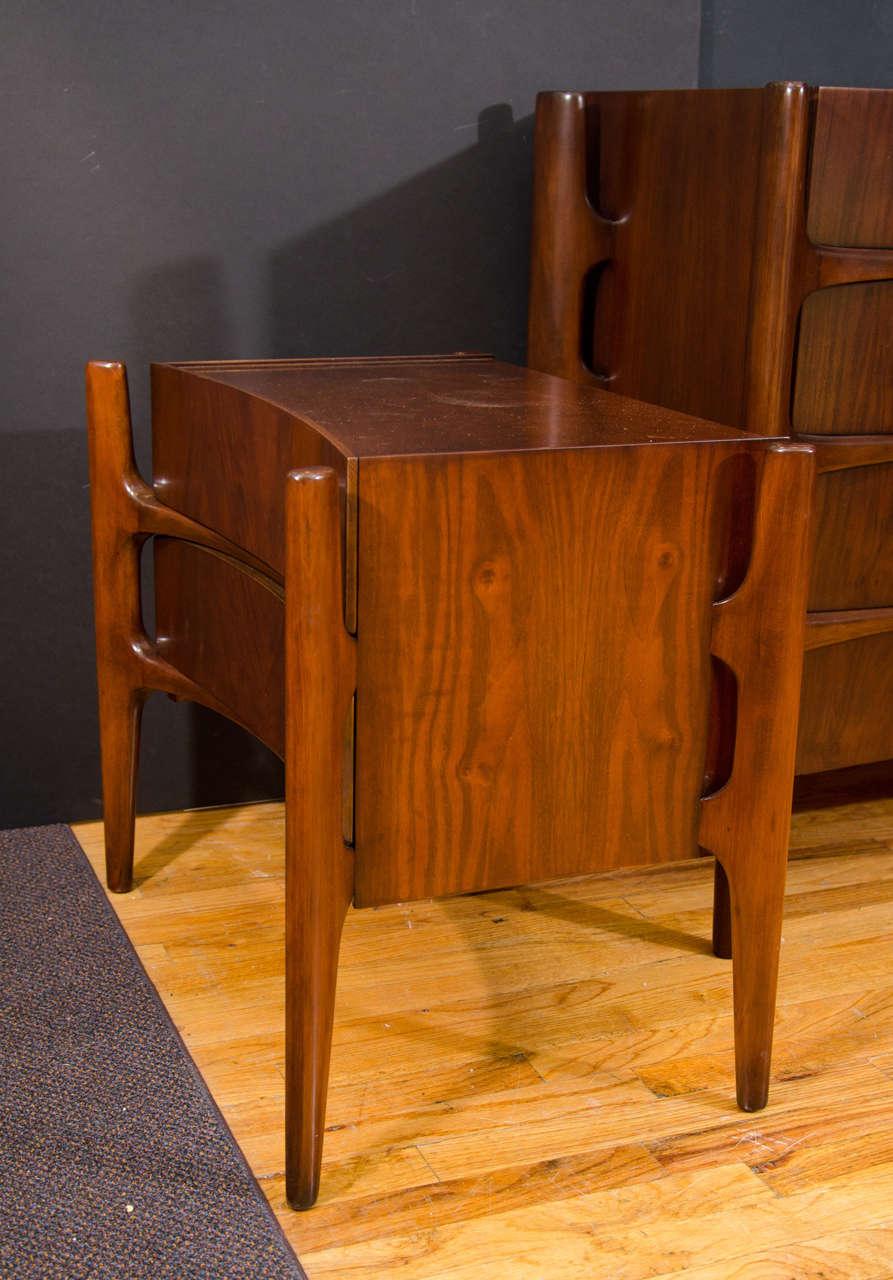 mid century edmond spence dresser and nightstand set at 1stdibs. Black Bedroom Furniture Sets. Home Design Ideas