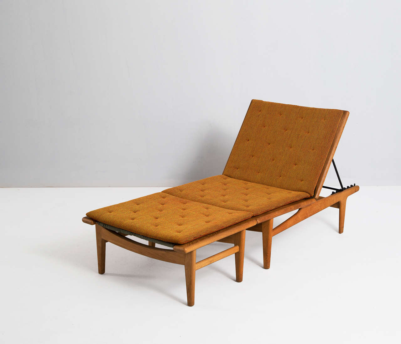 Solid Oak Hans J Wegner Chaise Longue For Getama At 1stdibs