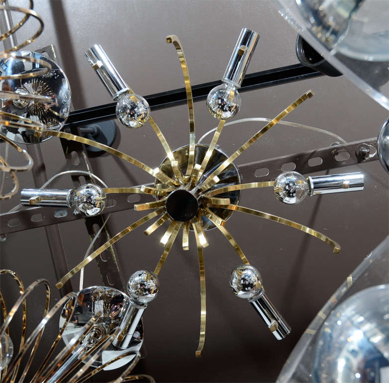 Sophisticated Mid-Century Modernist Brass and Chrome Chandelier by Sciolari 5