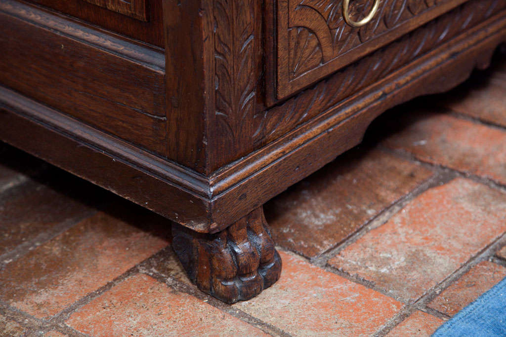 English Carved Oak Coffer Chest In Excellent Condition For Sale In Woodbury, CT