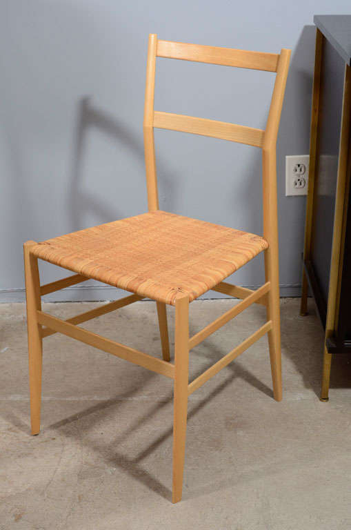 Single Gio Ponti Superleggera Dining Chair by Cassina In Excellent Condition For Sale In New York, NY