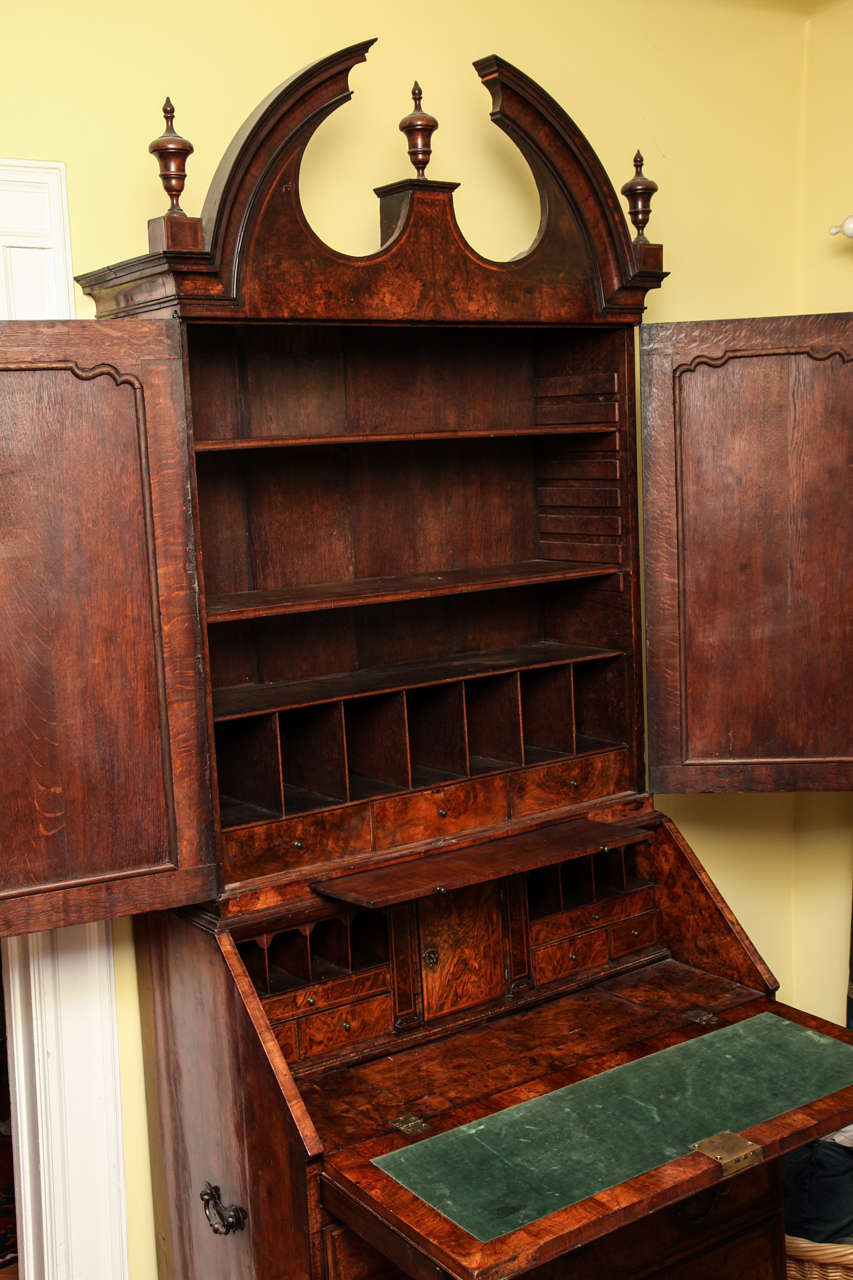 Fine Burr Walnut George I Bureau Bookcase For Sale 4