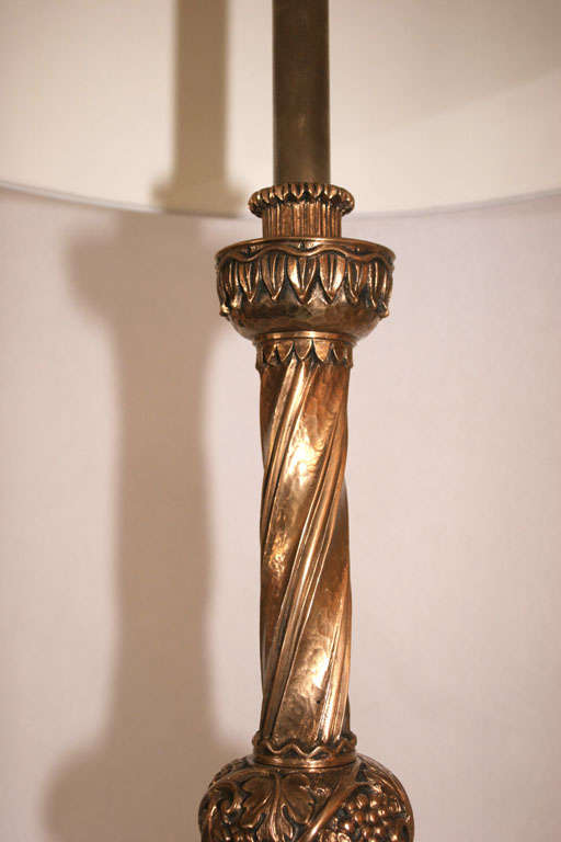 Pair of French Art Deco Bronze Table Lamps For Sale 1