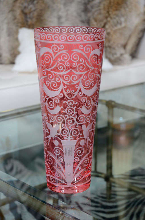 Beautiful hand engraved contemporary vase. The pattern is Baroque style. Made of crystal.