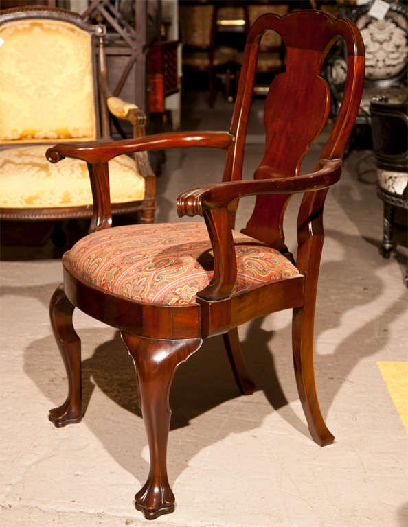 Set of 12 Queen Anne Claw Foot Dining Chairs at 1stdibs : 119T8696 from www.1stdibs.com size 594 x 768 jpeg 57kB