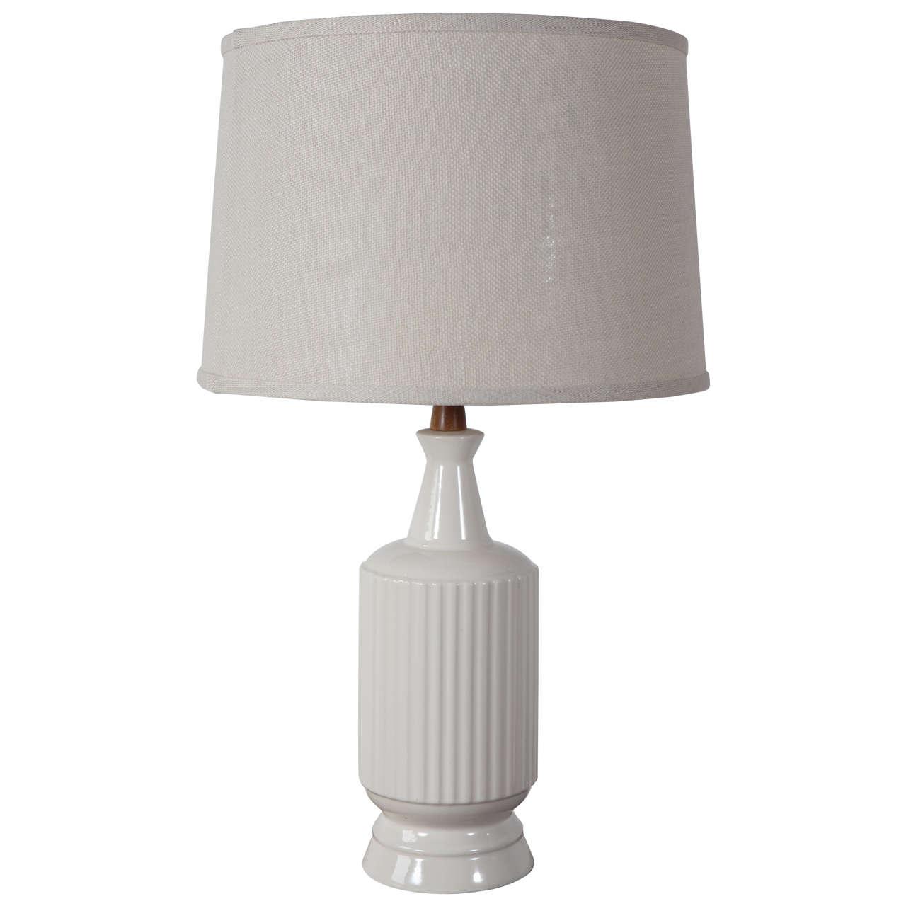 Mid Century Cream Ceramic And Teak Table Lamp At 1stdibs