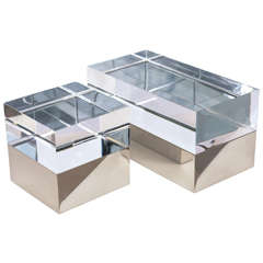 Square Mies Box