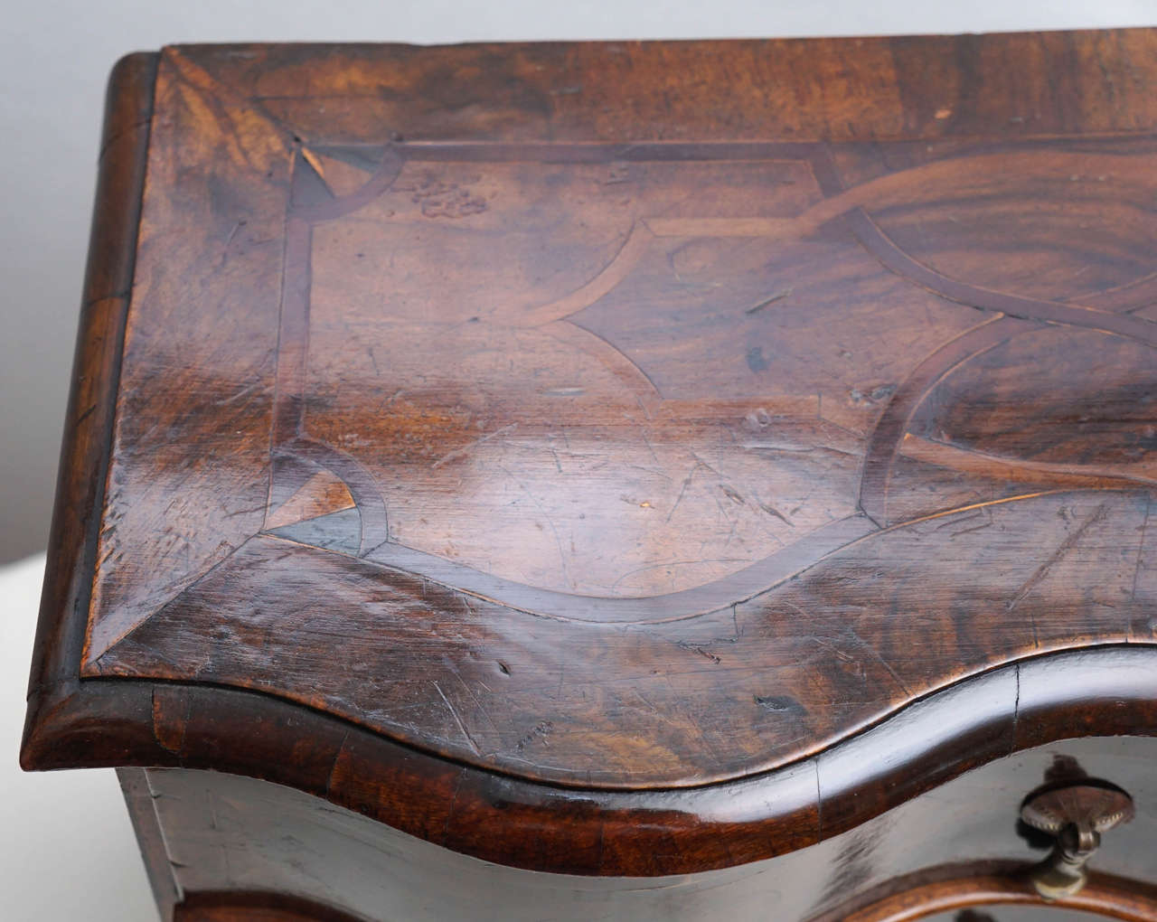 German Rococo Style Walnut Inlaid Miniature Chest of Drawers or Jewelry Box In Excellent Condition For Sale In Hudson, NY