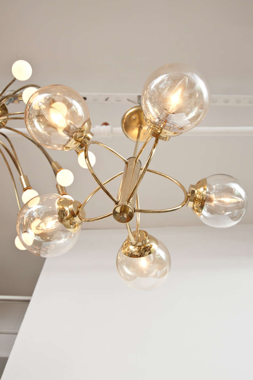 Italian Five Globe Chandelier, circa 1960s For Sale 1