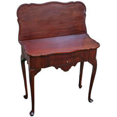 Queen Anne Style Games Table