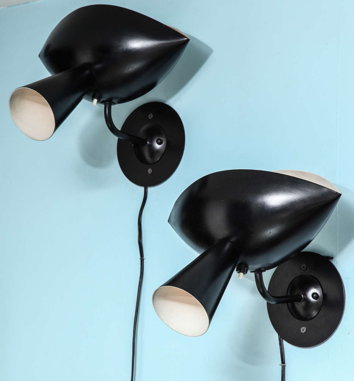 Rare pair of vintage cachan sconces by serge mouille at 1stdibs - Serge cachan astotel ...