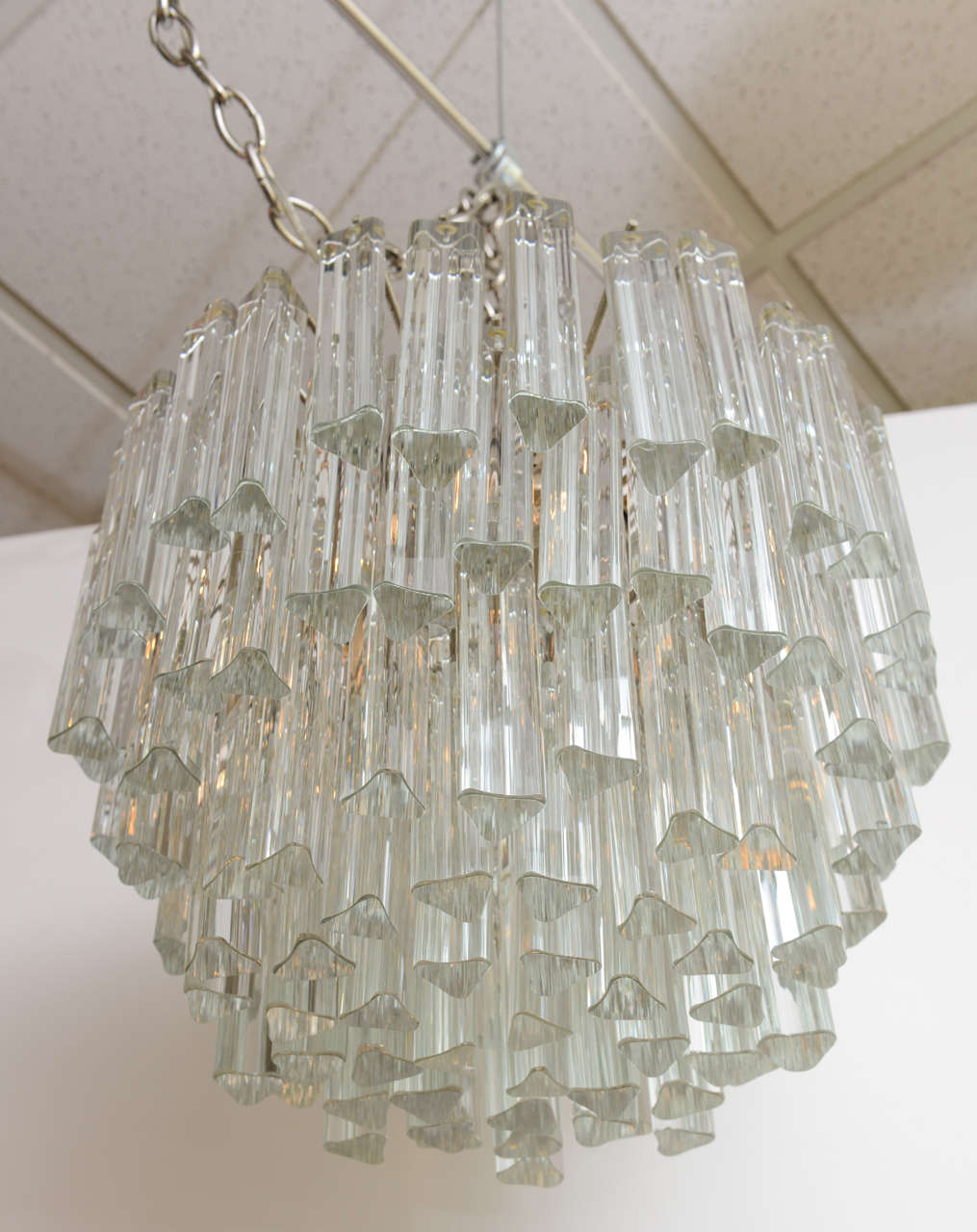 Modern Lush Camer Glass Chandelier with Venini Triedri Crystals For Sale