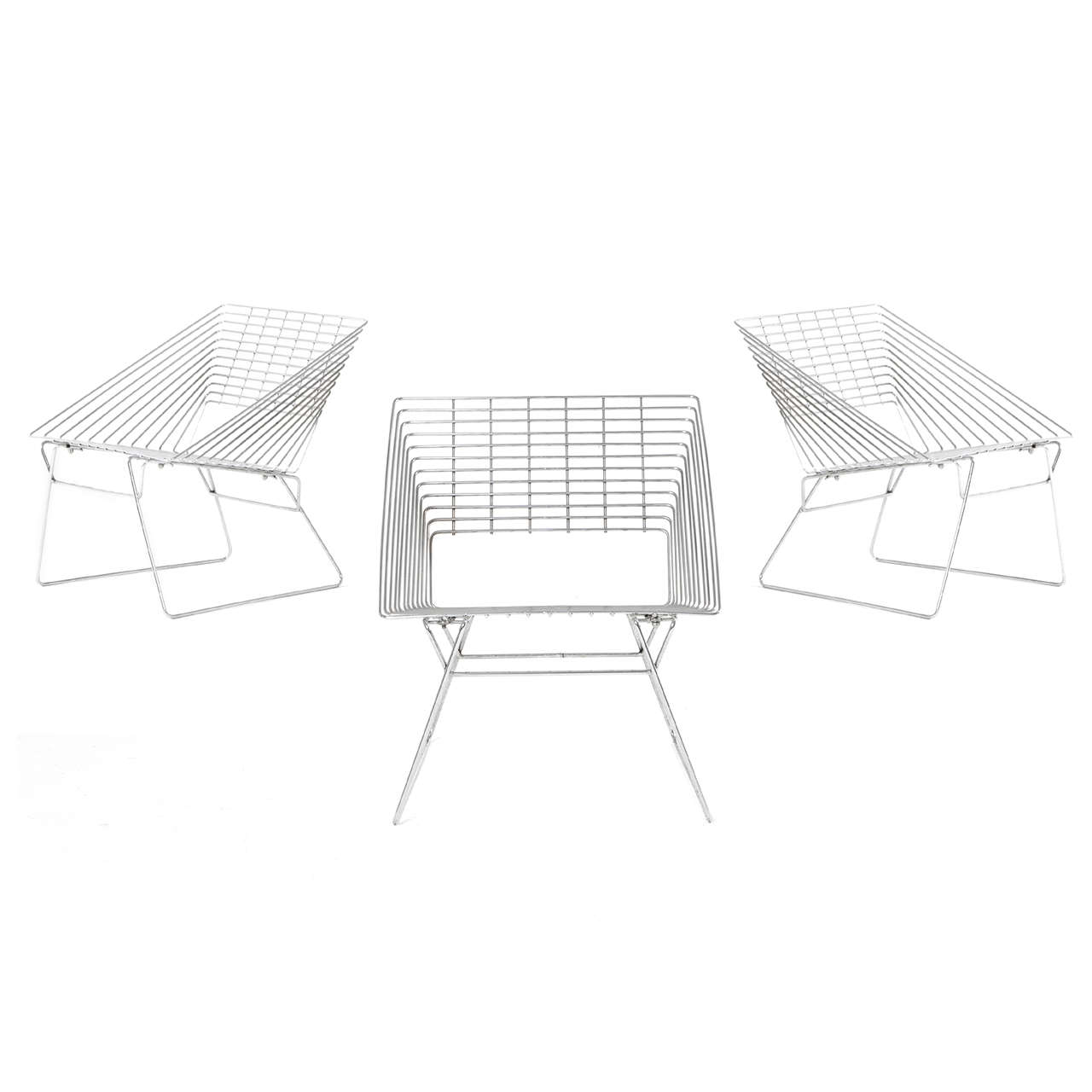 Three Chrome Wire Chairs Attributed To Verner Panton By Fritz - Hansen patio furniture