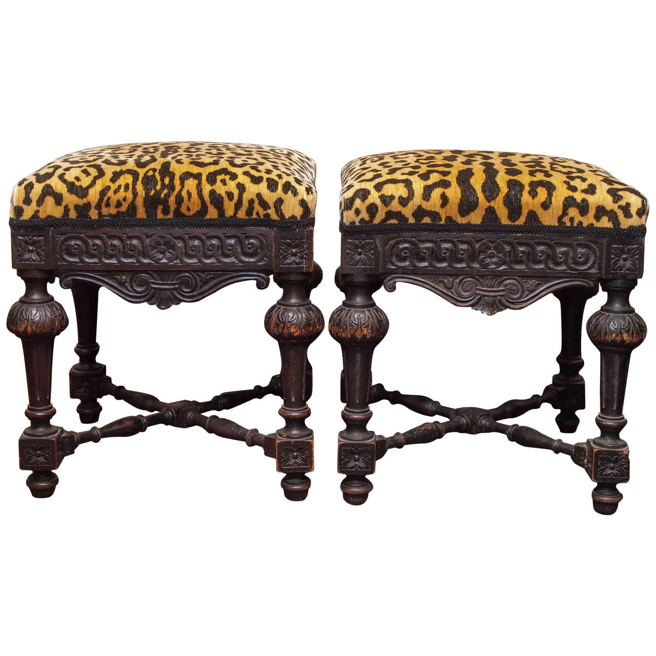 Pair of Italian walnut stools, 19th century