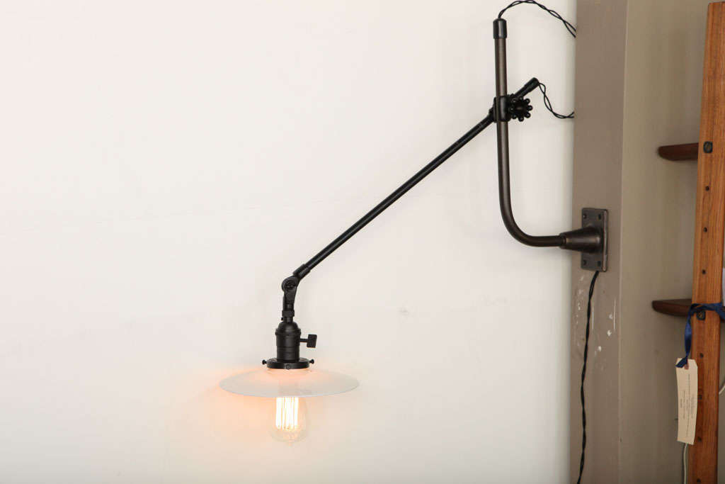 Vintage OC White Industrial Wall-Mount Swing-Arm Lamp For Sale 5