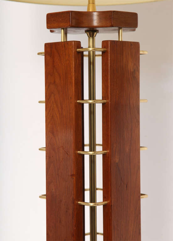 Mid-20th Century 1950s Architectural Wood and Brass Table Lamp For Sale