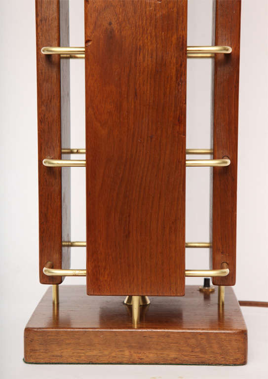 1950s Architectural Wood and Brass Table Lamp For Sale 2