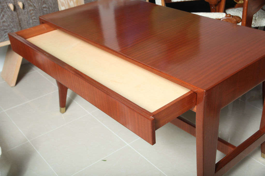 Mid-Century Modern Italian Modern Mahogany Desk/Writing Table, Gio Ponti For Sale