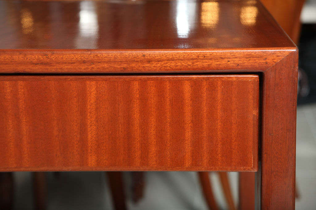 Italian Modern Mahogany Desk/Writing Table, Gio Ponti For Sale 5