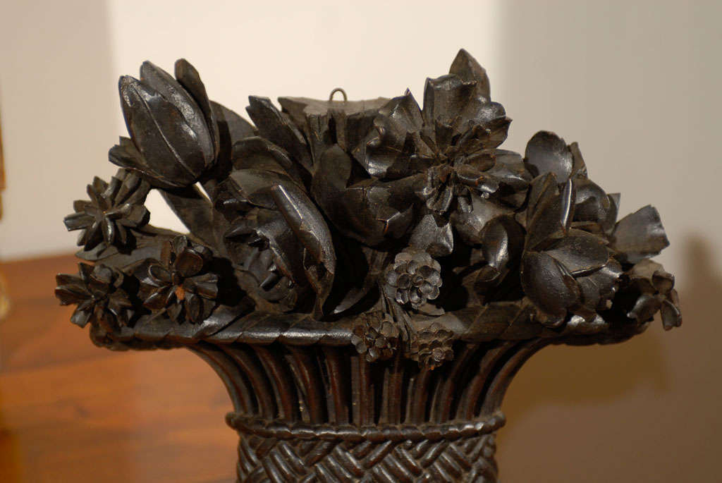 19th Century French Carved Basket of Flowers In Good Condition For Sale In Atlanta, GA
