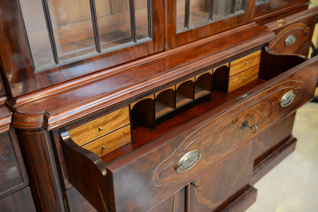 Fine Baltic Neoclassic Mahogany Breakfront, Late 18th Century For Sale 3