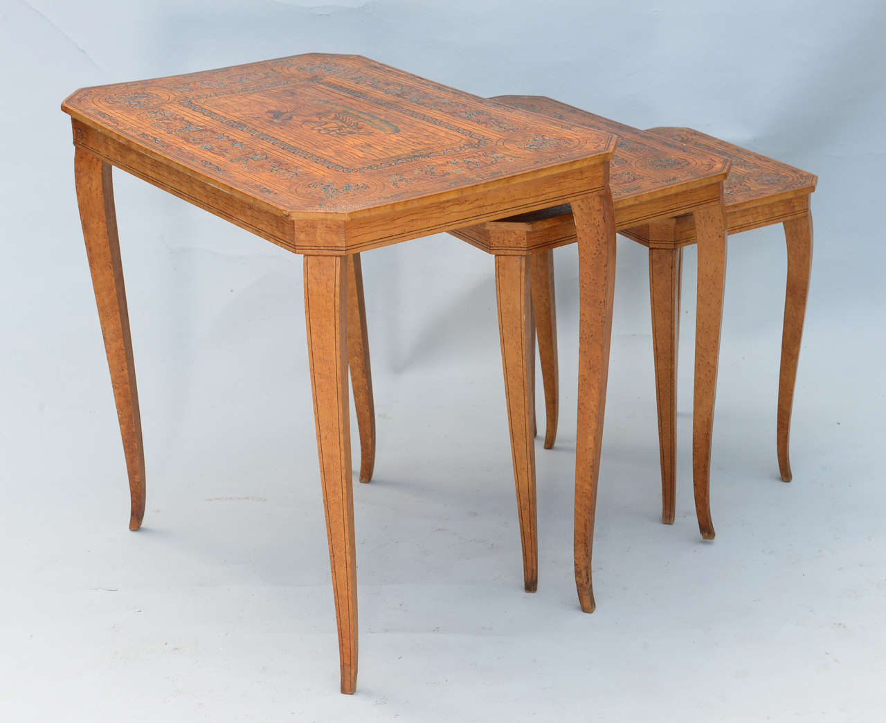 20th Century Set of Three Neoclassical Nesting Tables For Sale