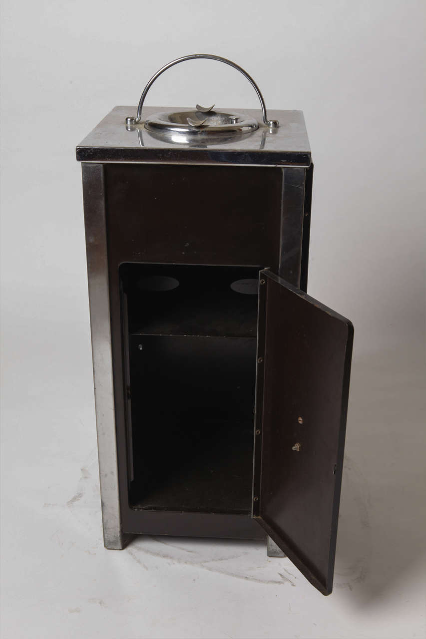 Machine Age Art Deco Smokestand Cocktail Cabinet Smoke Stand Bar  For Sale 1
