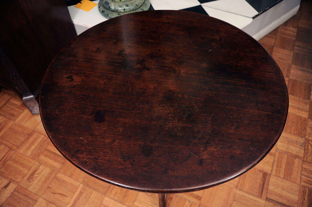 Late 18th Century Mahogany Tilt Top Table For Sale 1