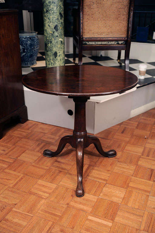 Late 18th Century Mahogany Tilt Top Table For Sale 3