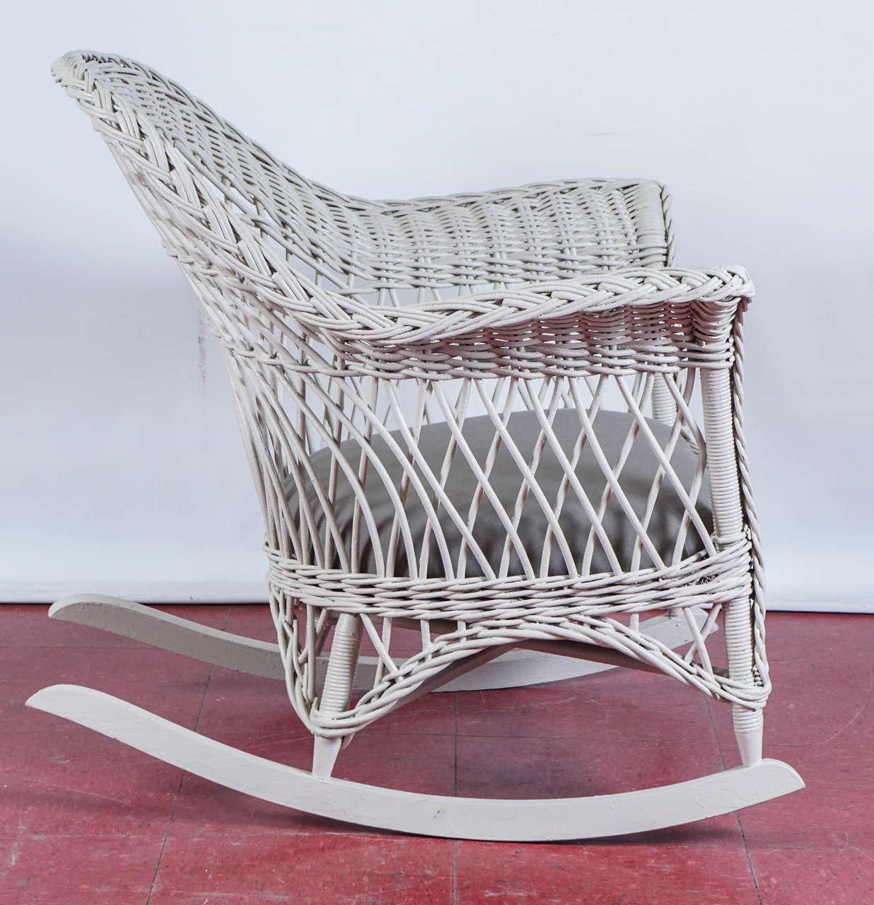 Vintage rattan rocking chair - Bar Harbor Wicker Rocker 3