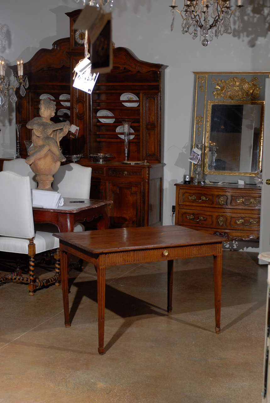 Louis XVI Period French Late 18th Century Side Table with Fluted Tapering Legs In Good Condition For Sale In Atlanta, GA