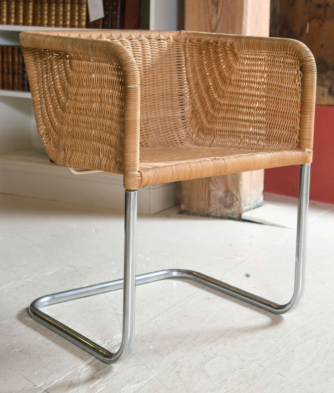Set Of Four Cantilevered Chrome And Wicker Chairs At 1stdibs