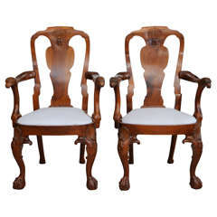 Fine Pair of George II Padouk Armchairs, Anglo-Indian