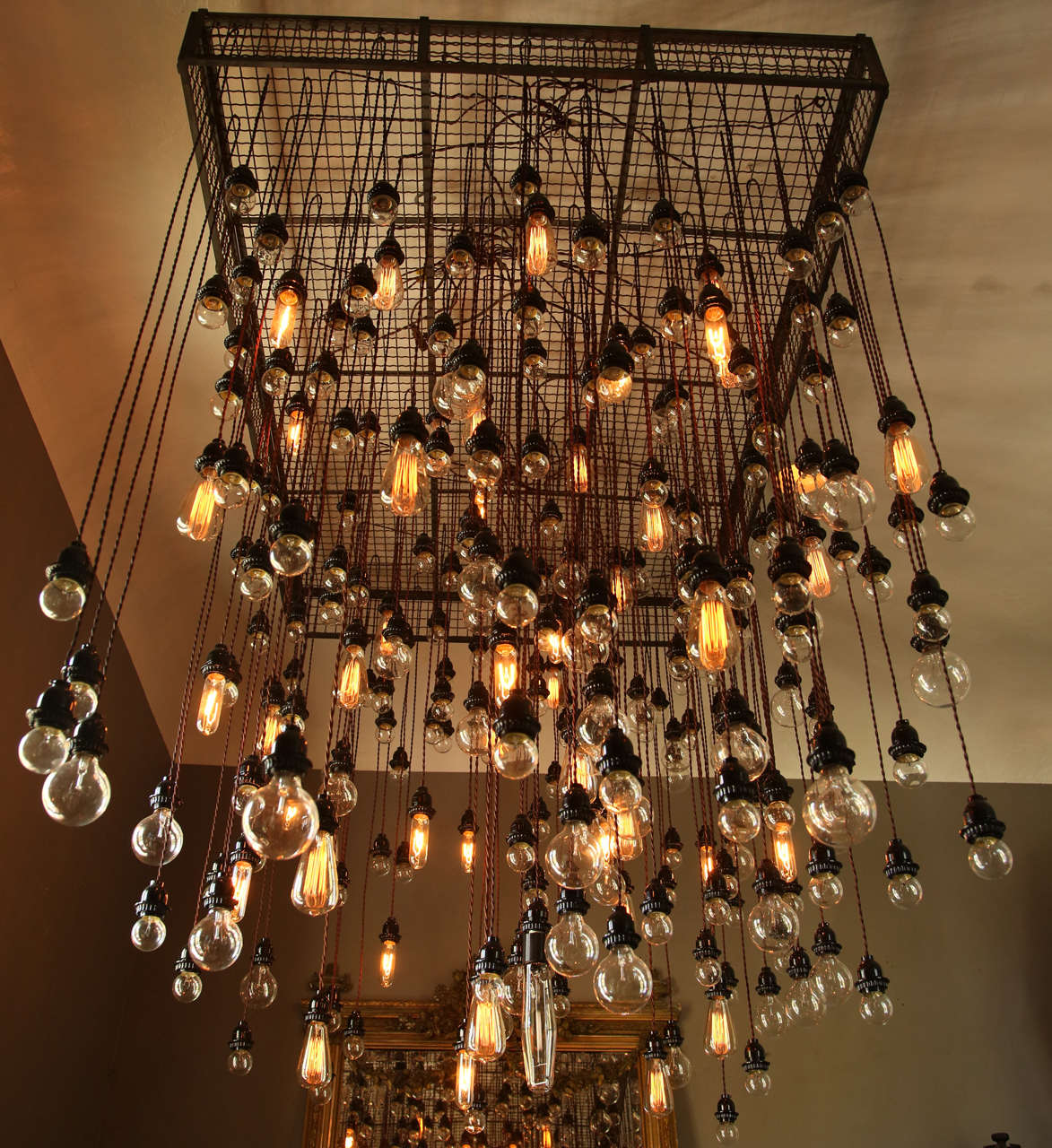 285 bulb industrial chandelier at 1stdibs Industrial style chandeliers